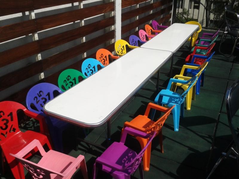Renta de sillas y mesas 0445529649053 alquiler for Sillas para chicos
